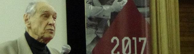 Режиссер фильмов «Товарищ КамАЗ», «Судьба моя — КамАЗ», «Комиссар» Александр Аскольдов на 21-м фестивале архивного кино «Белые Столбы». 2017 год