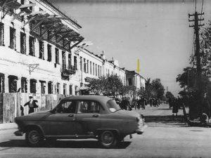 Каменец-Подольский. Вид на улицу Котовского. 50-е годы прошлого века