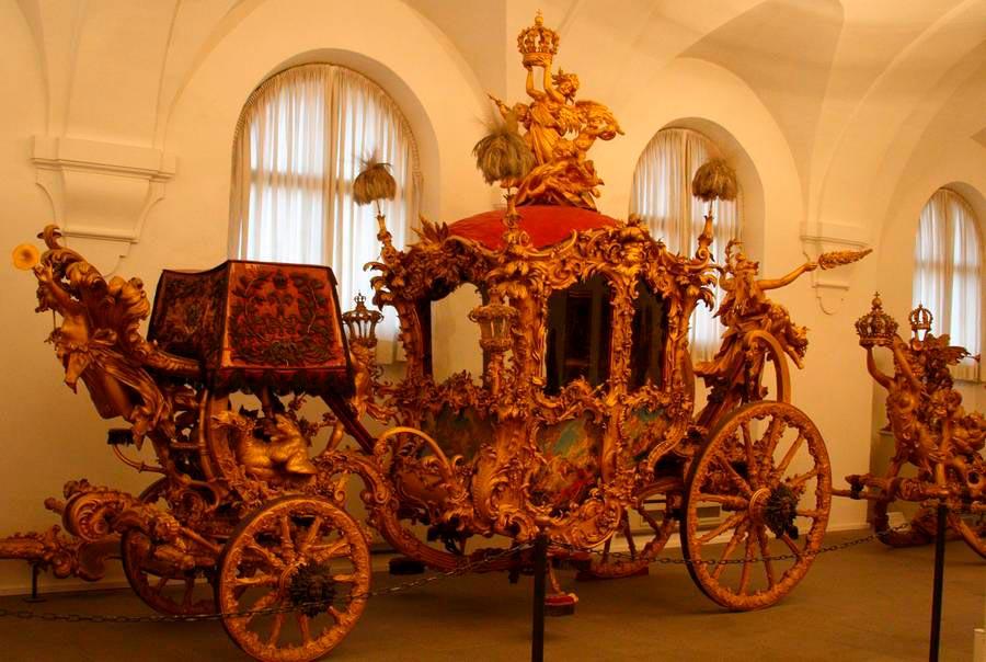Любимый экипаж Людвига II для торжественных выездов. 1878 год. Музей карет. Мюнхен. Германия