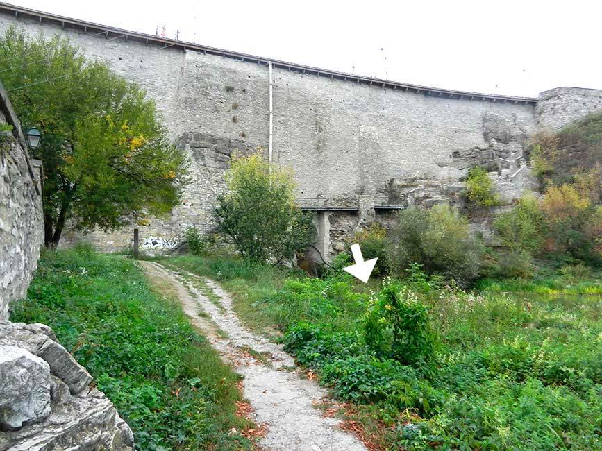 Не поверите, но именно здесь и был в XVII веке водоворот. Фото Д. Ройзена. 2012 год